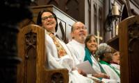 Opening Eucharist (10 of 12)