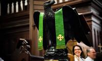 Opening Eucharist (11 of 12)