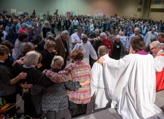 Festival eucharist (10 of 15)