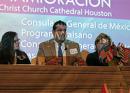 Taller de inmigración en la Catedral responde a las preocupaciones de inmigrantes